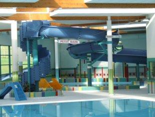 Cin ma piscine des activit s faire en famille dans for Piscine de villedieu
